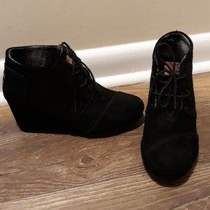 Tom's shoes wedge heels sz.8